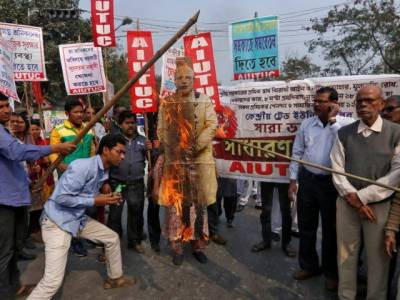 Nude protests, black flags welcome Indian PM Narendra Modi in Assam state visit