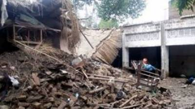 Two killed as roof collapses in Mardan