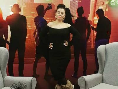 Tajik female pop star comes under fire for celebrating her birthday
