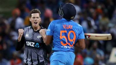 New Zealand beat India by four runs in 3rd T20