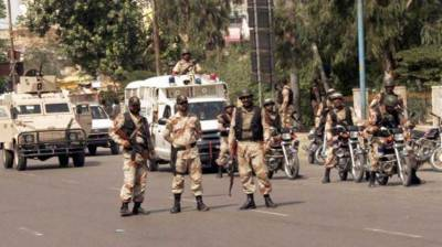 Rangers arrest 15 criminals in Karachi