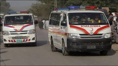 Road accident kills three in Sanghar