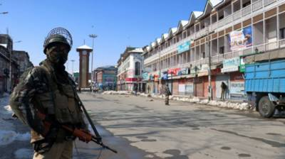 Two Indian soldiers including a commando killed in Occupied Kashmir