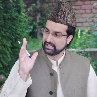 Mirwaiz urges Indian authorities to shift Kashmiris from Indian jails to Kashmir