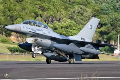 PAF put on High Alert, low level fighter jets scramble reported near LoC: Media Report