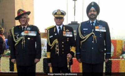 In a first, Three Services Chiefs of India hold joint press conference after PAF strike in India