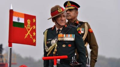 Indian Army Chief dashes to Occupied Kashmir over border security