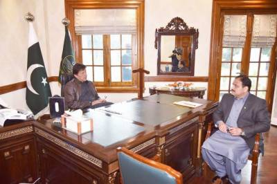 PM and CM, Governor Punjab discuss overall political situation