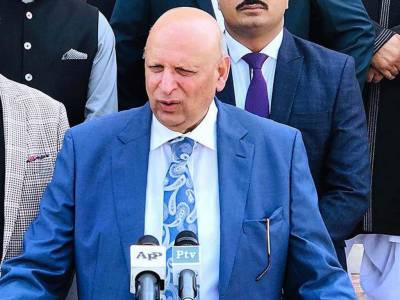 India stands isolated on international front: Ch Sarwar