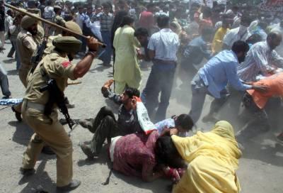 India under international pressure to prevent war against Pakistan, Kashmir dispute resolution