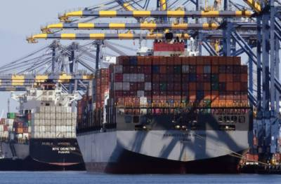 Pakistan becomes first country in South Asia to install automated and cabinless cranes at Port