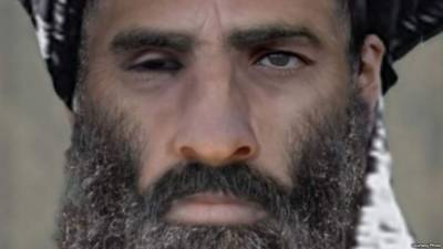 Taliban Commander Mullah Umer was never in Pakistan, lived and died in Afghanistan near a US Military Base, sensational revelations by foreign journalist