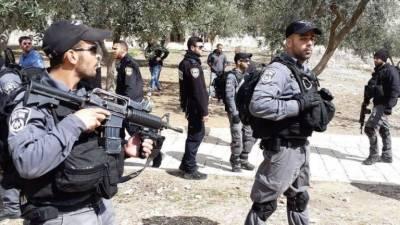 Israeli soldiers storm Al Aqsa mosque, assault religious figures