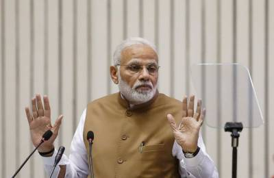 Desperate Modi changes his name as part of new election campaign stunt