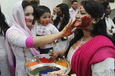 Pakistani Hindu community celebrates