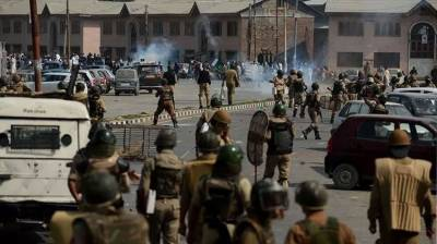 Indian state terrorism forcing educated Kashmiris to take up guns against India: International media report