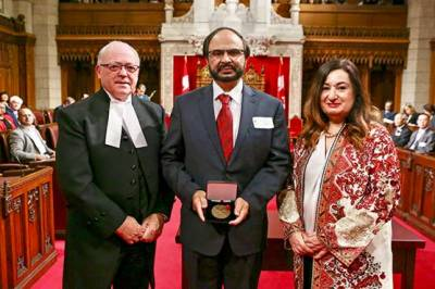 Pakistani Canadian scientist makes historic invention on human brain chips