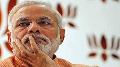 A dismissed Indian soldier announces to contest elections against Modi