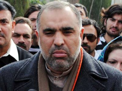 Govt taking practical steps to resolve Kashmir dispute: Qaiser
