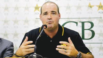 No compromise to be made on fitness of players: Mickey Arthur