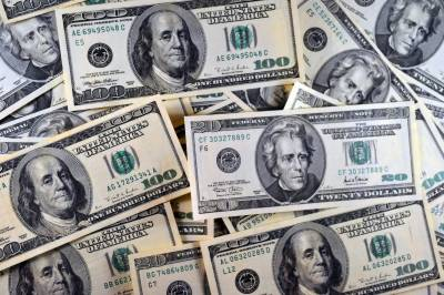 US dollar reaches highest level of history against Rupee, may hit Rs 160 mark