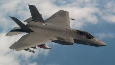 US halts delivery of equipment related to F-35 fighter jets