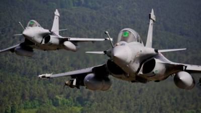 French officials responds over media reports of PAF Pilots being trained on Rafale fighter jets