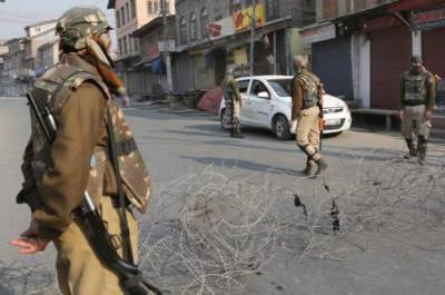 Life crippled in Occupied Kashmir by complete shutdown against polls drama