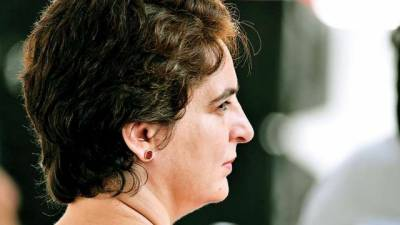 Priyanka Gandhi Vadra may take PM Modi head on in Varanasi constituency in Lok Sabha Polls