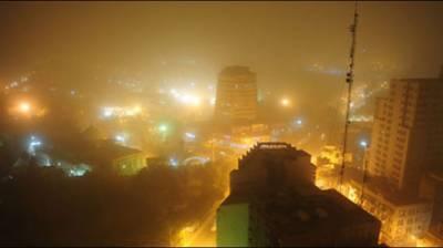 Karachi in grip of gusty, dusty winds