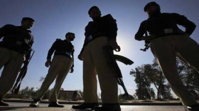 KP Police officer martyred, terrorist killed in a deadly encounter in Peshawar