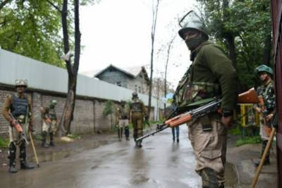 Tens of thousands of more Indian soldiers deployed in Occupied Kashmir