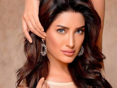 Mehwish Hayat reveals th first crush of her life
