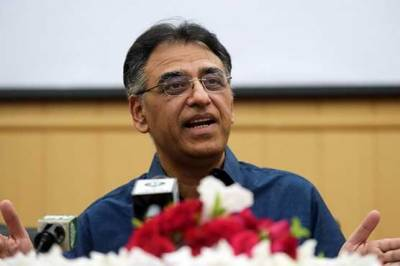 PM Imran Khan makes yet another offer to Asad Umar
