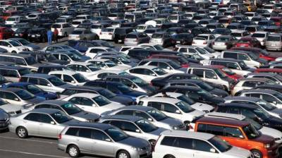 Drastic cut in imported cars in Pakistan saves millions of dollars for Pakistan economy
