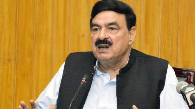Railways Minister Sheikh Rahsid vows to cut down Lahore - Karachi train journey to 8 hours