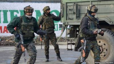 Coward Indian soldiers harassing families of freedom fighters in Occupied Kashmir