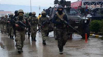 Four Turkish soldiers killed in clashes with PKK