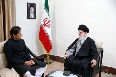 Inside details of PM Imran Khan meeting with Iranian Supreme Leader Khamenei in Tehran