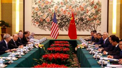 US decides to continue trade talks with China