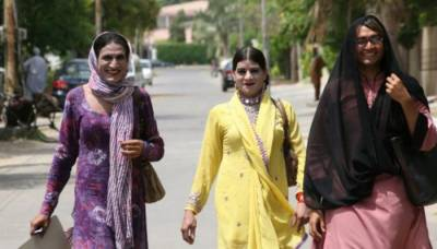 In a first, Transgenders to be recruited as regular duty officers in Pakistan Police