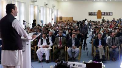 Govt giving priority to development of agriculture sector: Hafeez