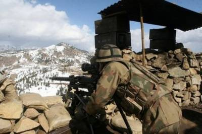 Security check post attacked near Afghanistan border, soldier martyred