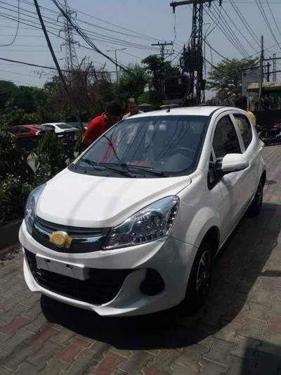 Prince Pearl New 800 Cc Chinese Car Hits Roads In Pakistan