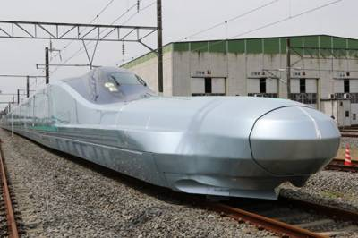 World's fastest bullet train starts test run