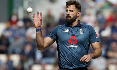 Ball tempering allegations surface in Pakistan Vs England 2nd ODI match