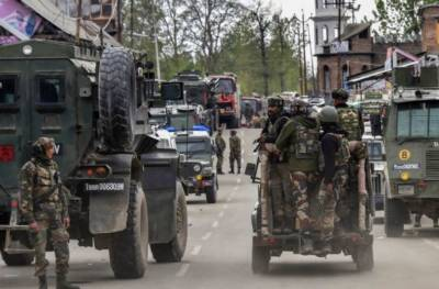 Indian troops martyr two youth in Shopian, Occupied Kashmir