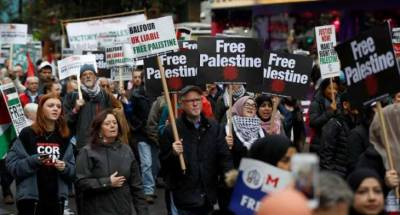 Thousand of Brit rally in London against Israel in favour of Palestine