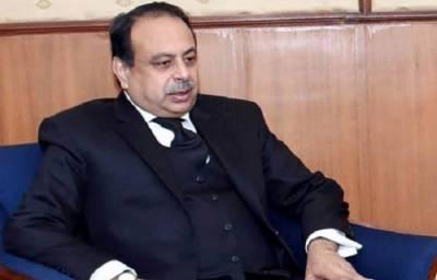 Shahbaz Sharif's lawyer faints inside the Supreme Court