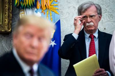 US President Donald Trump gives important orders to hawkish aides over Iran conflict